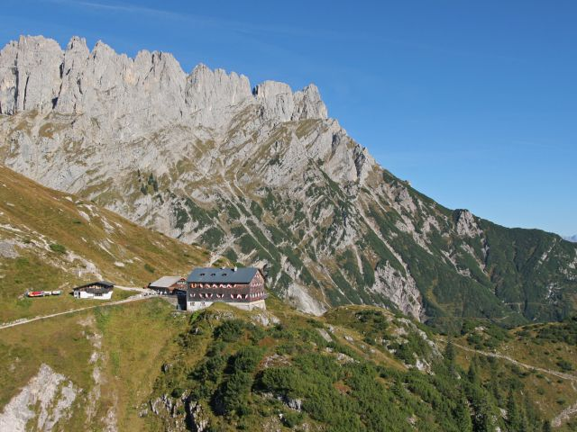 Grüttenhütte on the Wilder Kaiser